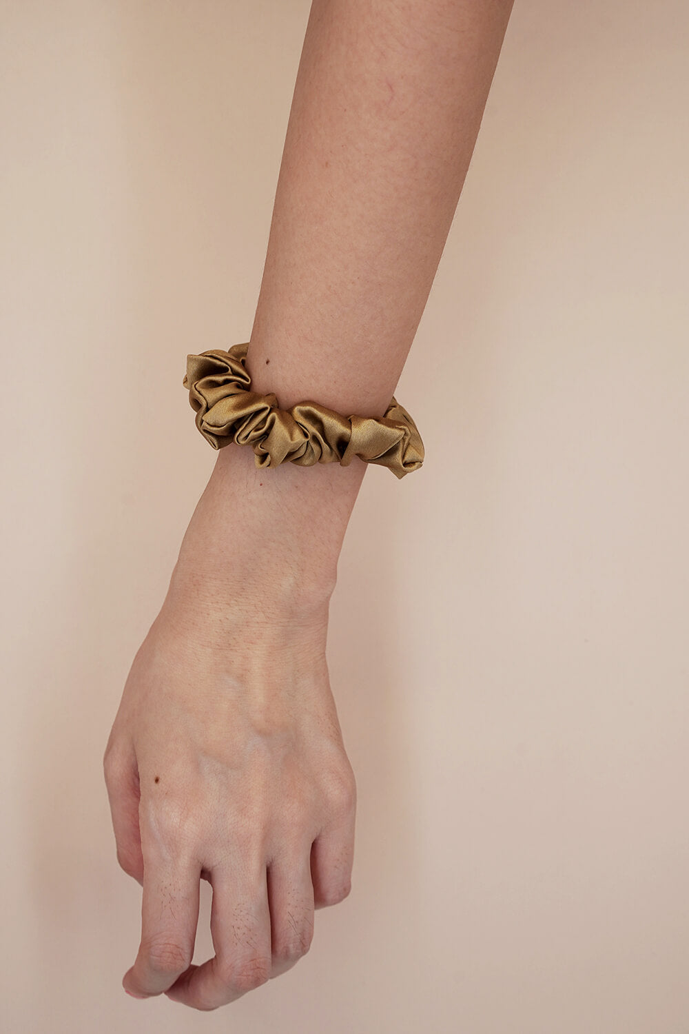 GOOD HAIR Silk Scrunchies - Gold