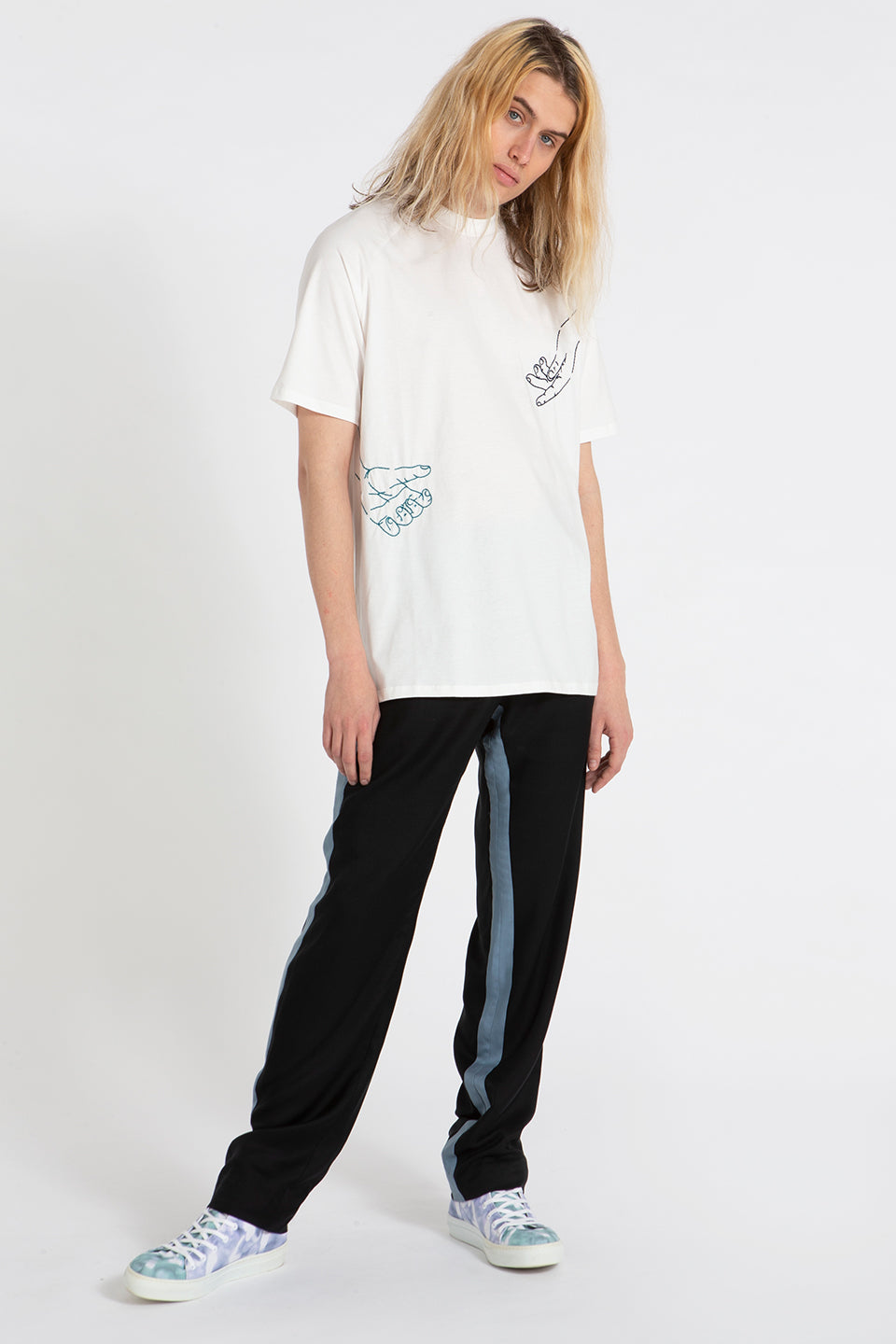 Slash t-shirt white with Mains Embroidery