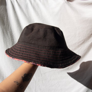 Reversible Bucket Hat -Raspberry / Brown-