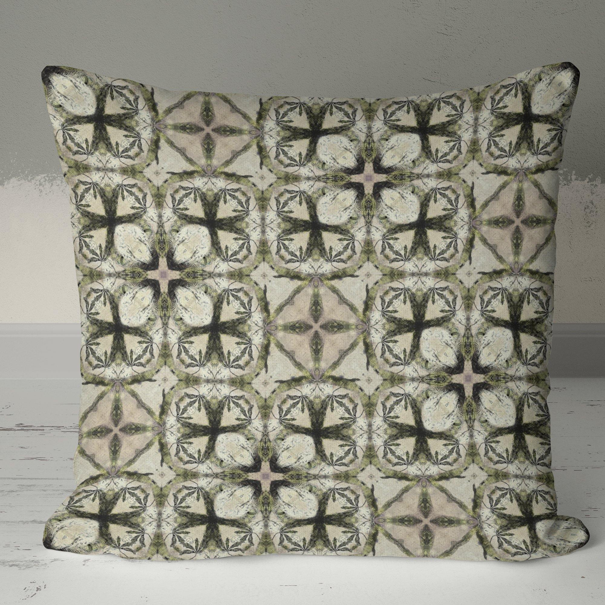 Geometric Pythagorean Cushion - The Patternologist