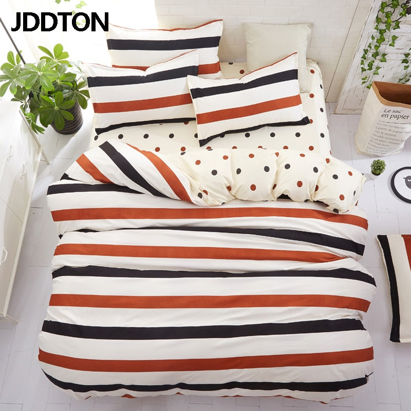 Classic Striped Bedding Set