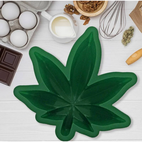 Leaf Cake Mold - Boyar Gifts NYC