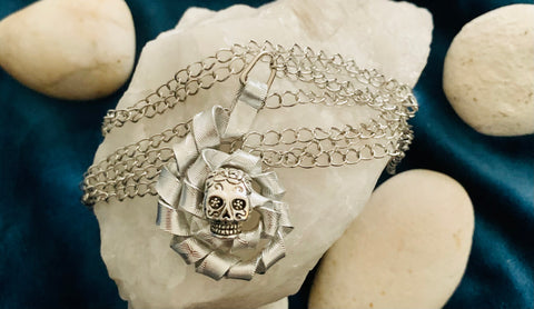 Twisted Skull Pendant