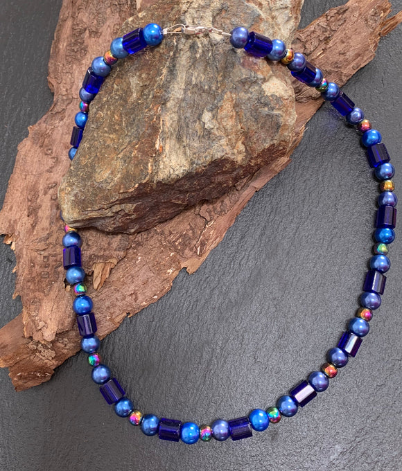 Blue collar beaded necklace