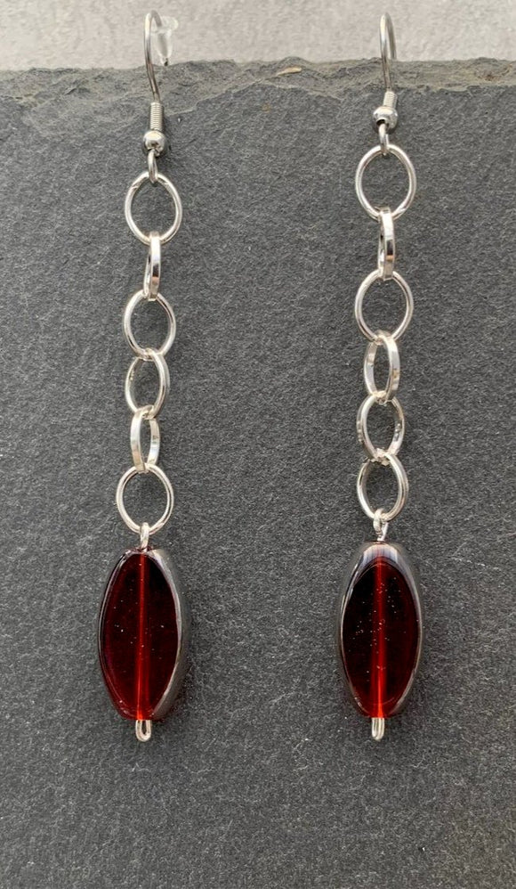 Beautiful chain & red Czech glass bead