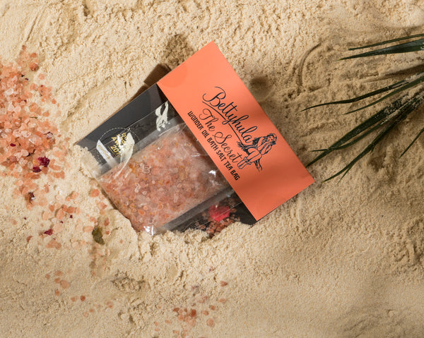 Betty Hula | Secret Wonder Oil Bath Salts Tea Bag