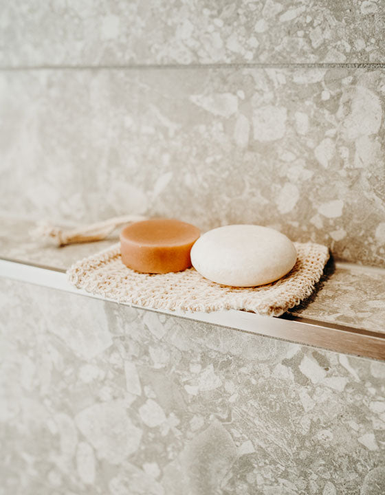 NATURAL EXFOLIATING SOAP BAG
