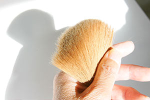 Manufacturing process for makeup brushes