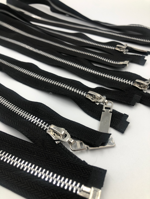 bag zippers black with silver