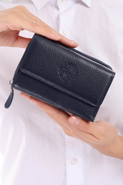 425 - Leather wallet