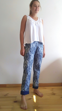 Load image into Gallery viewer, Tie dye shweshwe pants