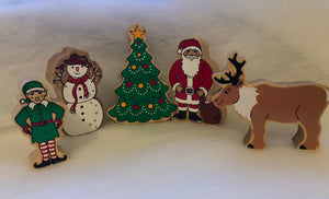 Create a Wintery scene with Lanka Kade Christmas characters