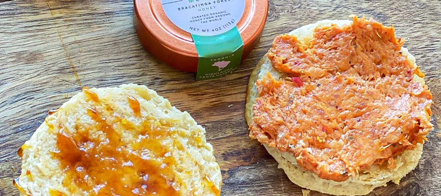 Biscuits with Nduja Butter and Honey