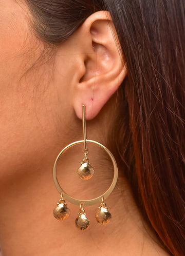 Shell Hanging <br>Gold Earrings