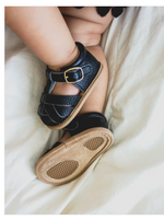 Load image into Gallery viewer, Cutie Closed Toe Sandal