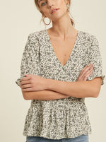 Load image into Gallery viewer, Sweet Floral Ruffle Top