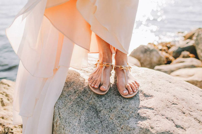 kate-spade-wedding-bridal-flats-thong-sandals-shoes-tracie-gold-bow