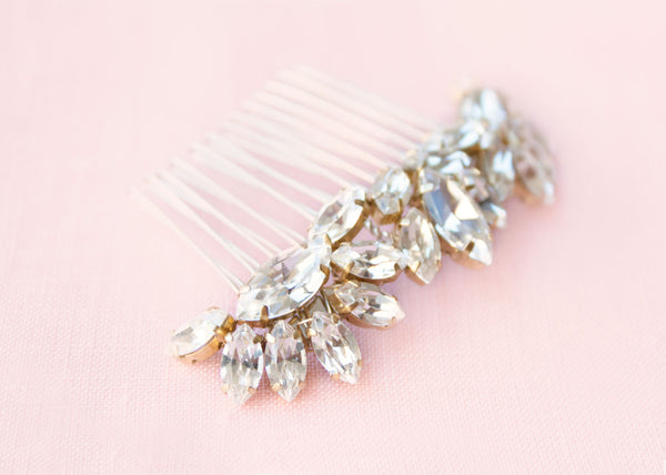 Lotus Flower Crystal Comb (Gold)