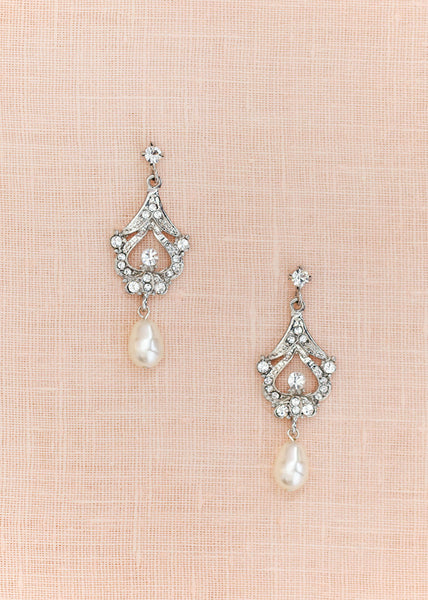 Hayworth Pearl Earrings