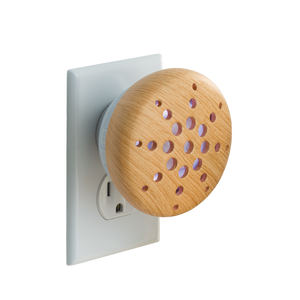 Pluggable Bamboo Essential Oil Diffuser