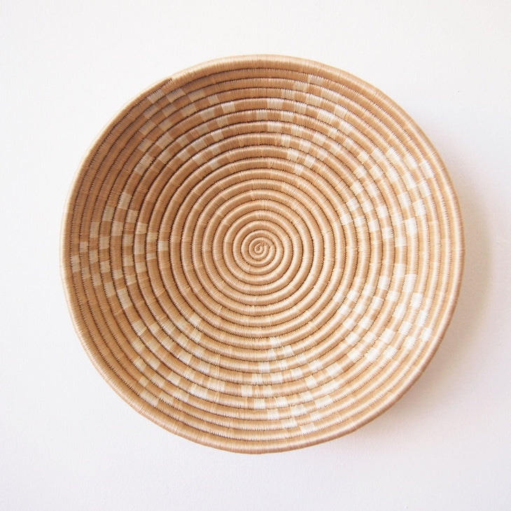 Shop Stacy Garcia_Accessories_Bowls_Neutral Patterned Woven Bowl