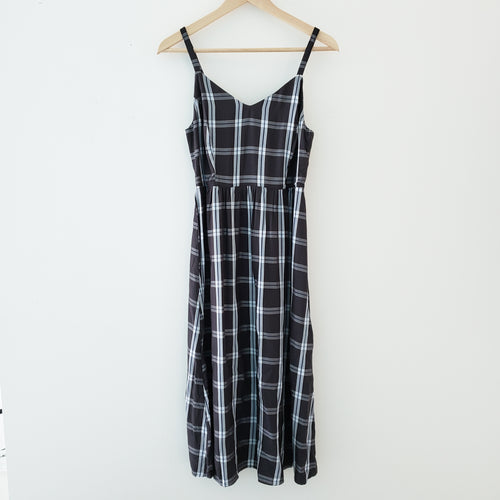 old navy fit & flare plaid dress size small