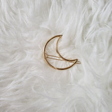 Load image into Gallery viewer, The Foxy Finds Moon Hair Clip (gold)
