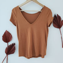 Load image into Gallery viewer, monk & lou orange top v cutout back