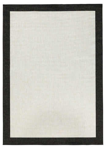Outdoor rug with black border