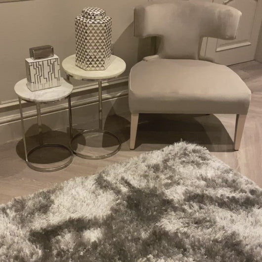 A panning video of our super soft silver deep pile rug