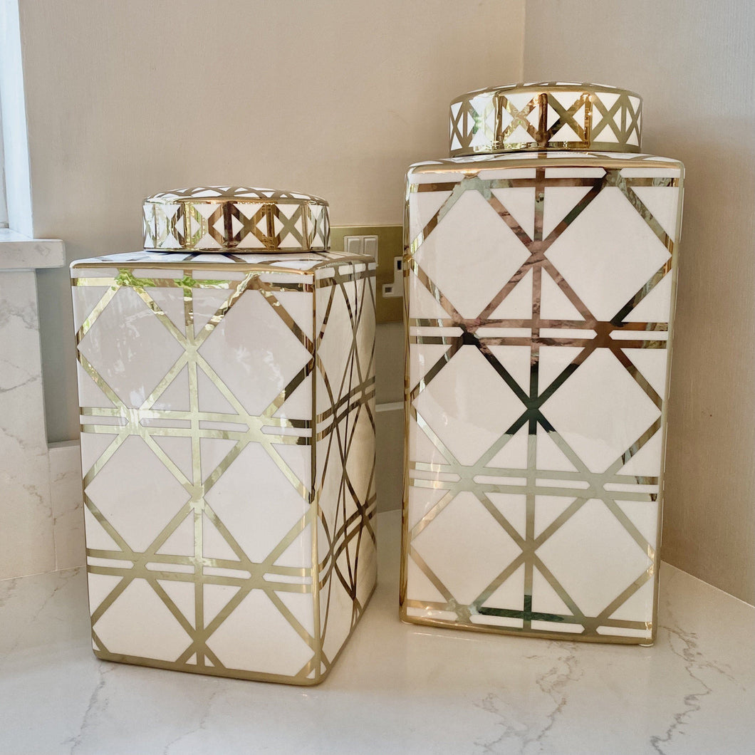 Cairo Medium White & Gold Ceramic Jar Accessories