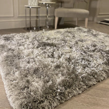 Load image into Gallery viewer, A deep pile rug in silver
