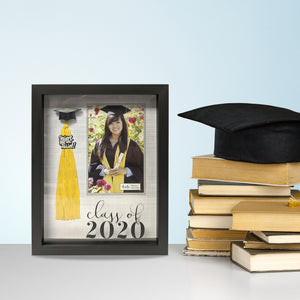 4-inch by 6-inch Photo Opening Class of 2020 Tassel Holder Picture Frame Crosshatch Background
