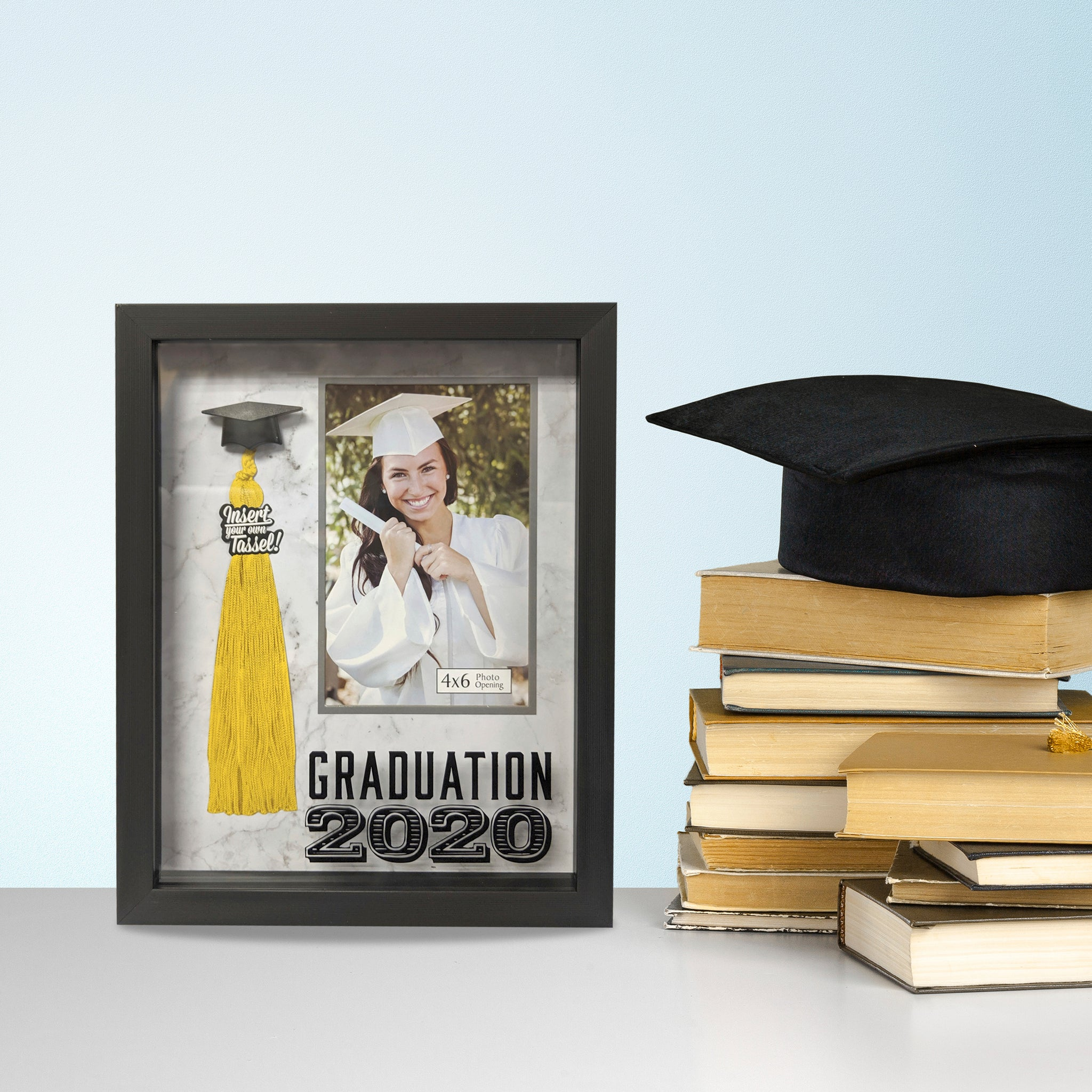 Graduation 2020 4-inch by 6-inch Photo Opening Tassel Holder Picture Frame Marble Background