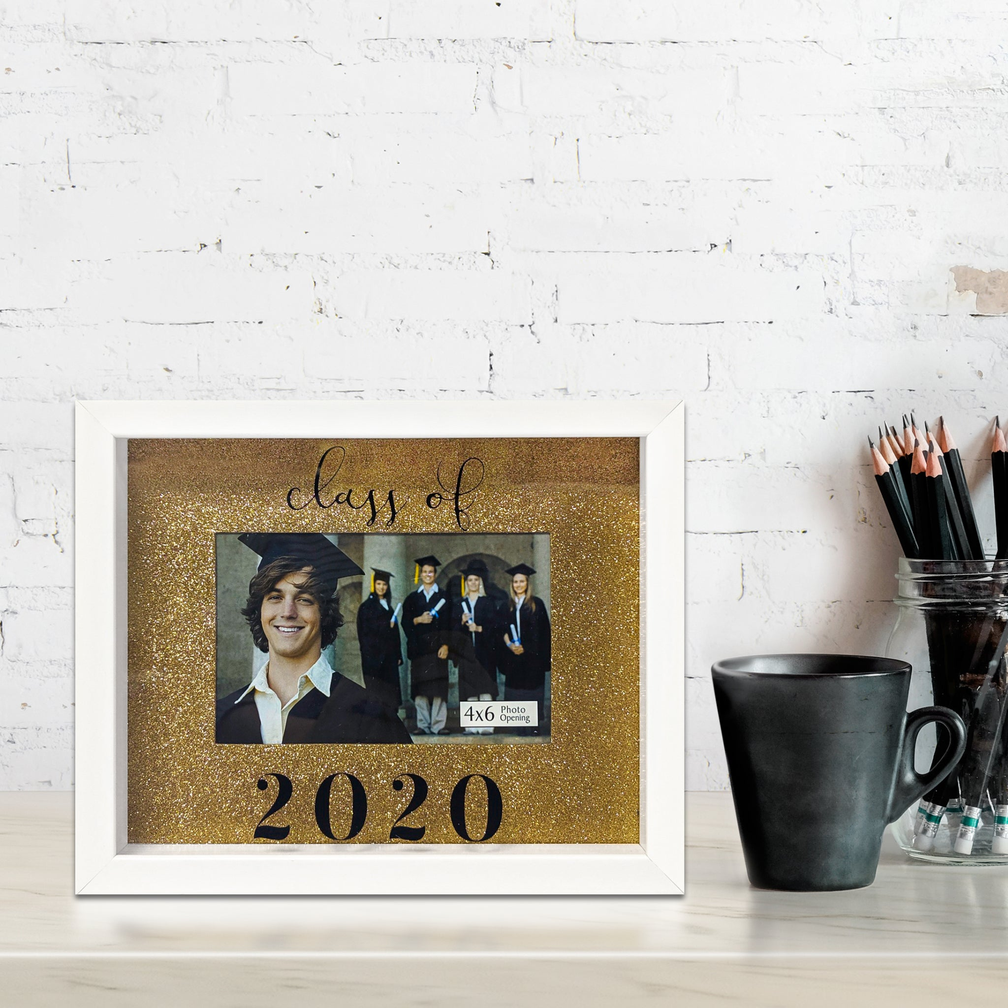 Rose Gold Background 4-inch by 6-inch Photo Opening Class of 2020 Graduation Picture Frame