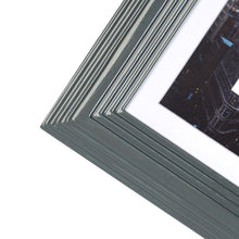 Load image into Gallery viewer, Midtown High Gloss Gray 4 x 6 Molded Modern Frame