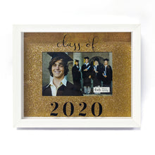 Load image into Gallery viewer, Rose Gold Background 4-inch by 6-inch Photo Opening Class of 2020 Graduation Picture Frame