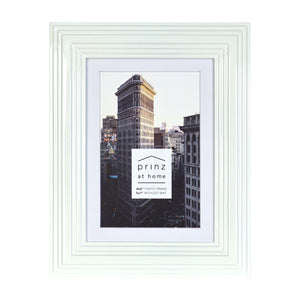 Midtown High Gloss White 4 x 6 Molded Modern Frame