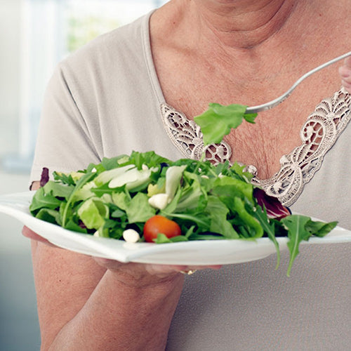 Mediterranean diet improves the life expectancy of the elderly