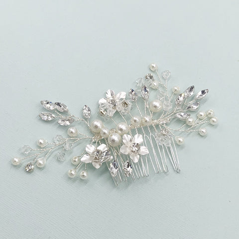 Pearl Comb with Claire Crystal Style