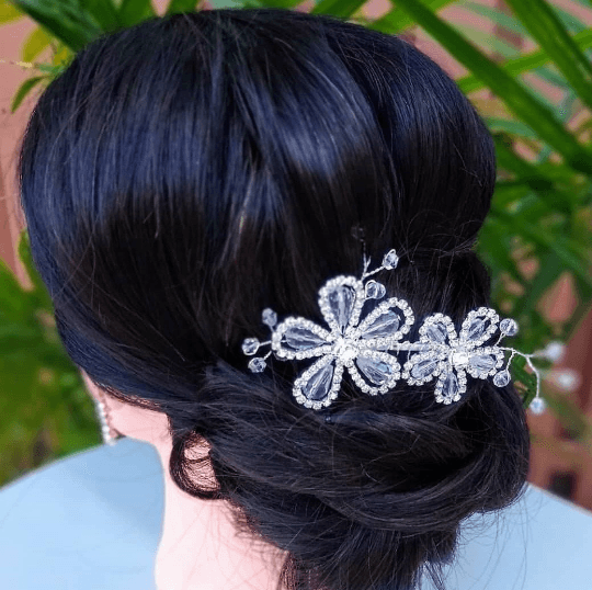 wedding hairstyle with hair combs