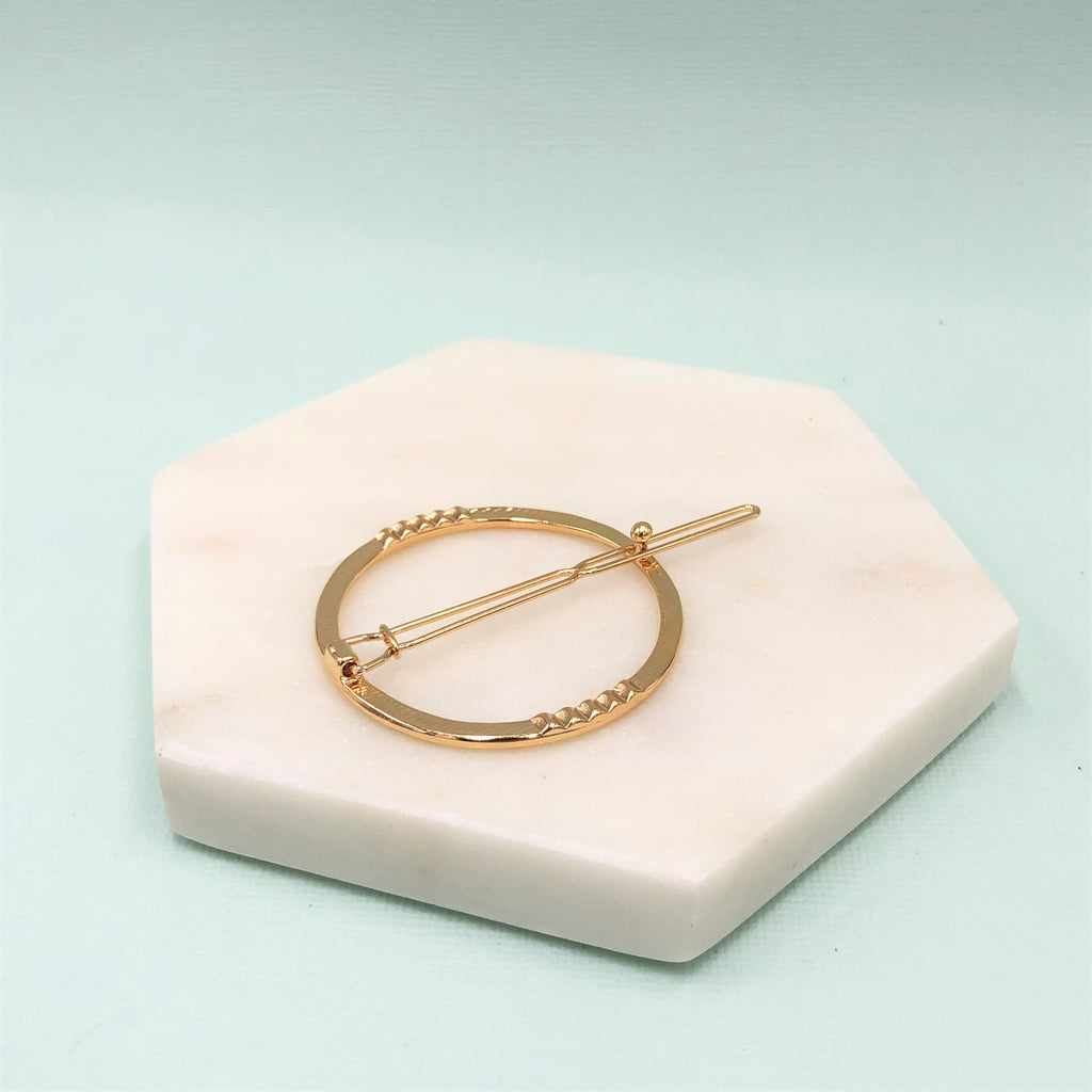metal circle geometric hairpin