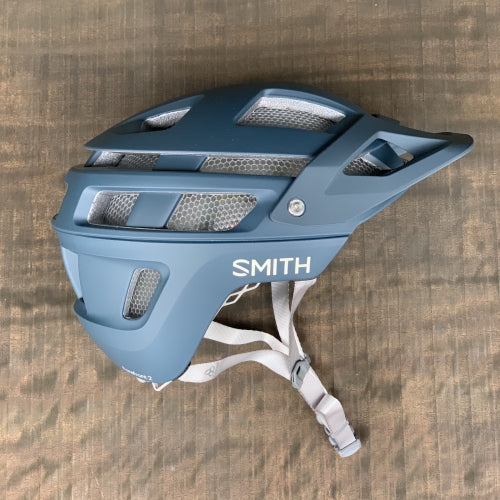 【SMITH / スミス】FOREFRONT 2 MIPS matte iron(マウンテンバイク用 ヘルメット)