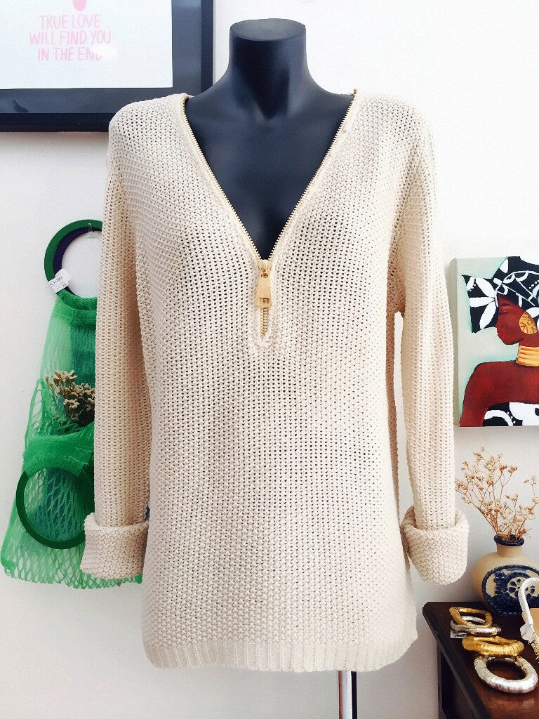 the zip v-neck jumper cream