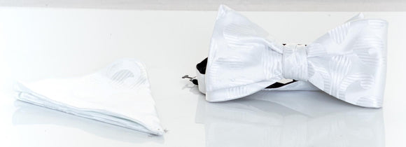 Verse 9 White Silk Bowtie & Pocket Square Set