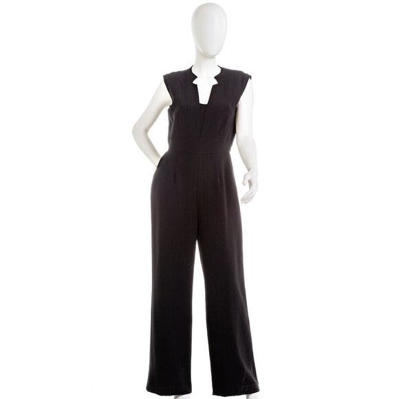 TAHARI Sleeveless Crepe Jumpsuit Notchneck