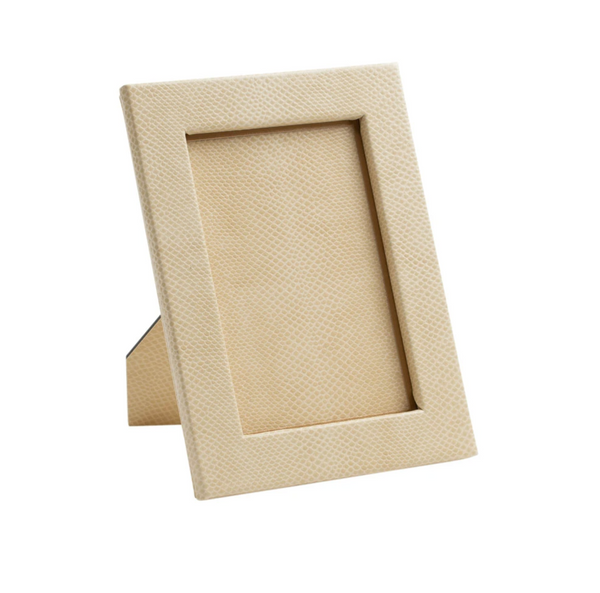 "Snakeskin 4""x6"" Picture Frame in Ivory"