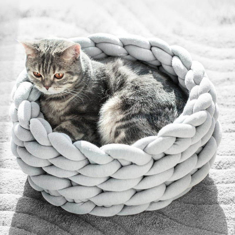 Braided Warming Pet Nest - Live Long and Pawspurr Shop