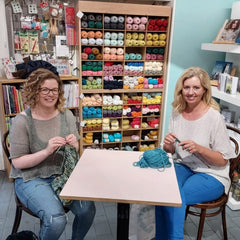 Lisa and Sinead Ryan of Newstalk, knitting together in This is Knit