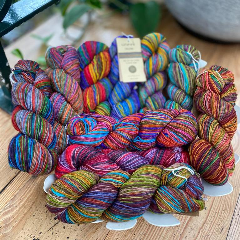 Uneek Fingering | Urth Yarns